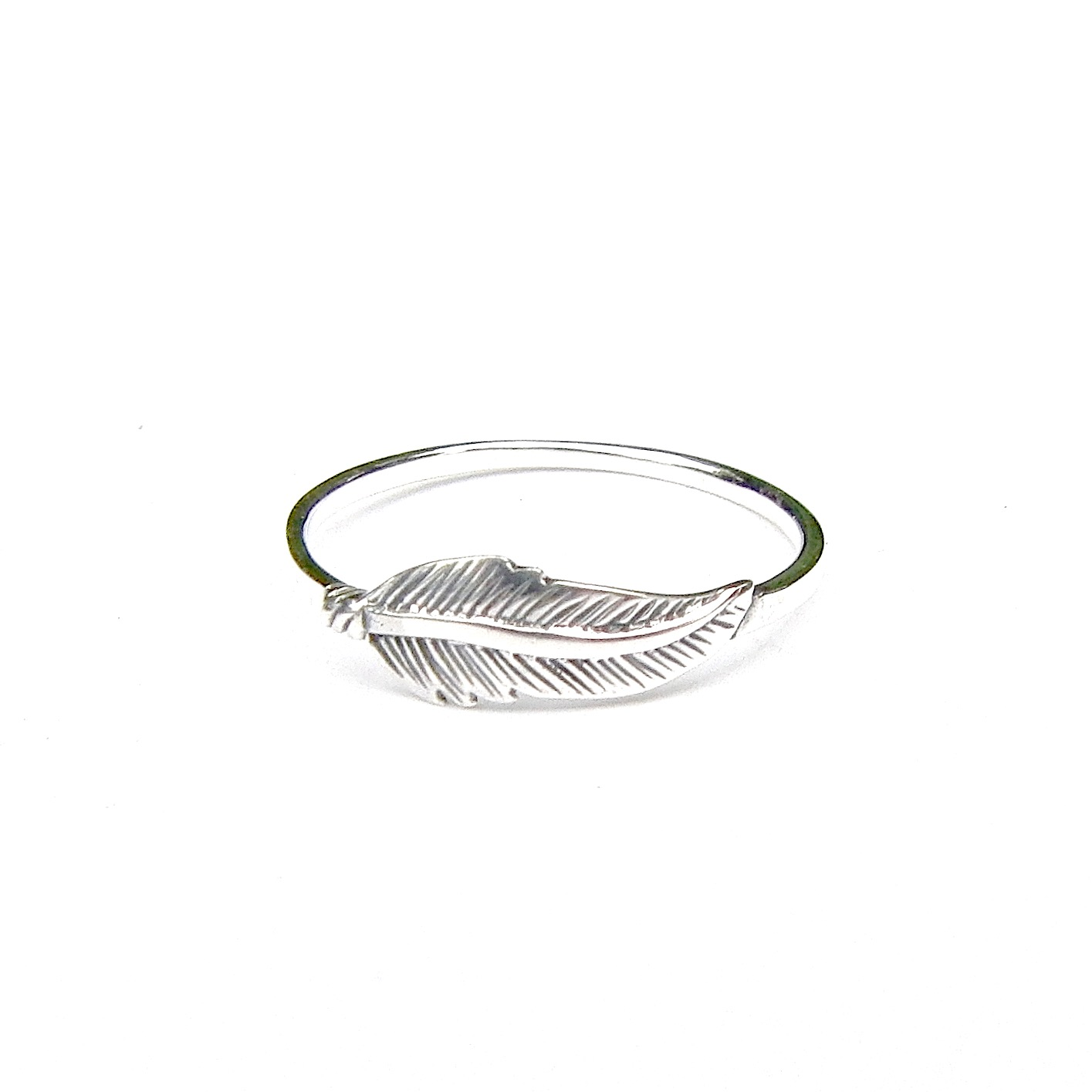 Beautiful Dainty Silver Feather Ring