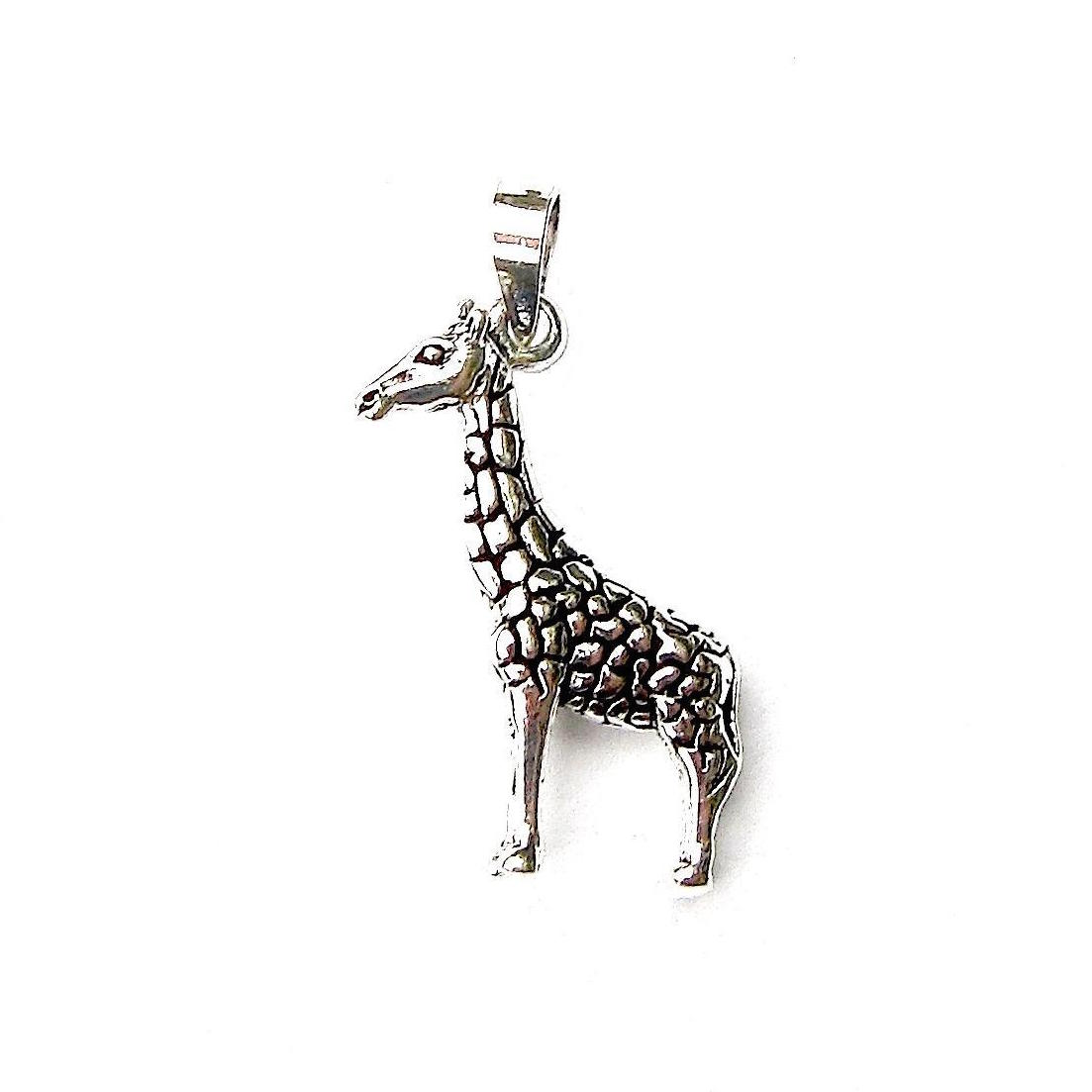 Pretty 3d Giraffe Pendant.